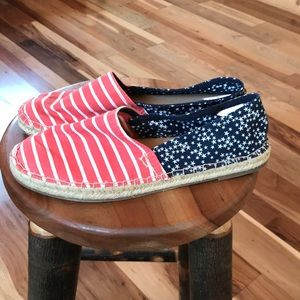 Women's OLD NAVY flats size 8